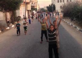 Anak-anak di Gaza menyambut pengumuman kemenangan
